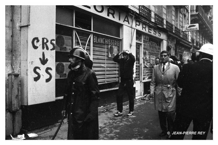 Arrestations après la nuit des barricades, 11 mai 1968