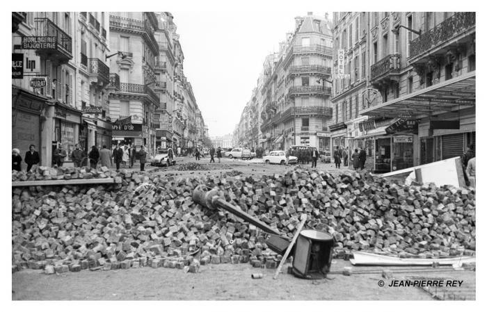 Matin du 11 mai 1968, après la nuit des barricades