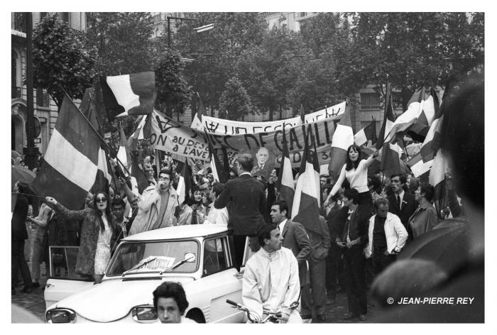 Manifestation de soutien à De Gaulle