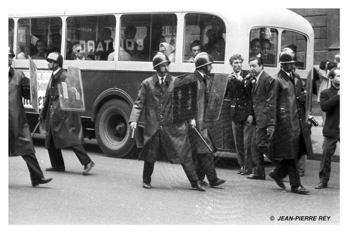 6 mai - Répression policière (1)