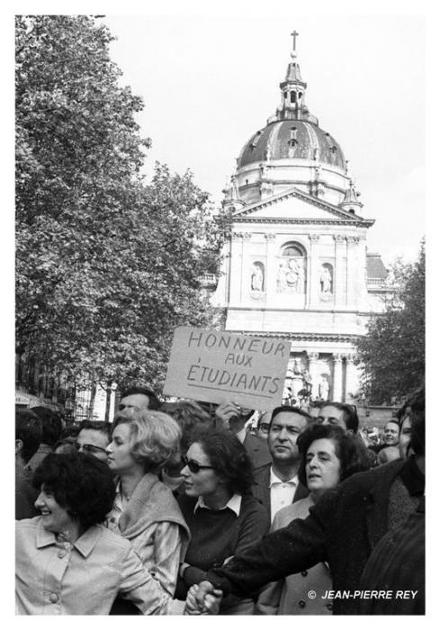 13 mai 1968 - Honneur aux étudiants