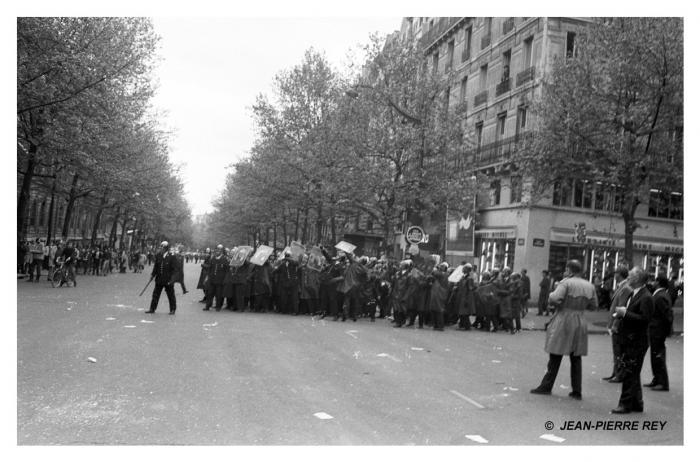 6 mai - Répression policière (2)