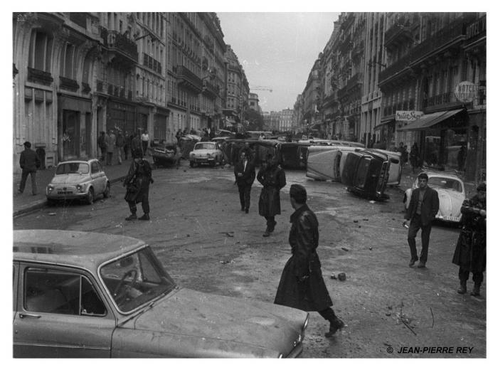 1 mai 1968 - Nuit des barricades. Le lendemain matin