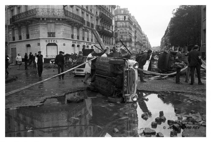 11 mai 1968 - Nuit des barricades. Le lendemain matin