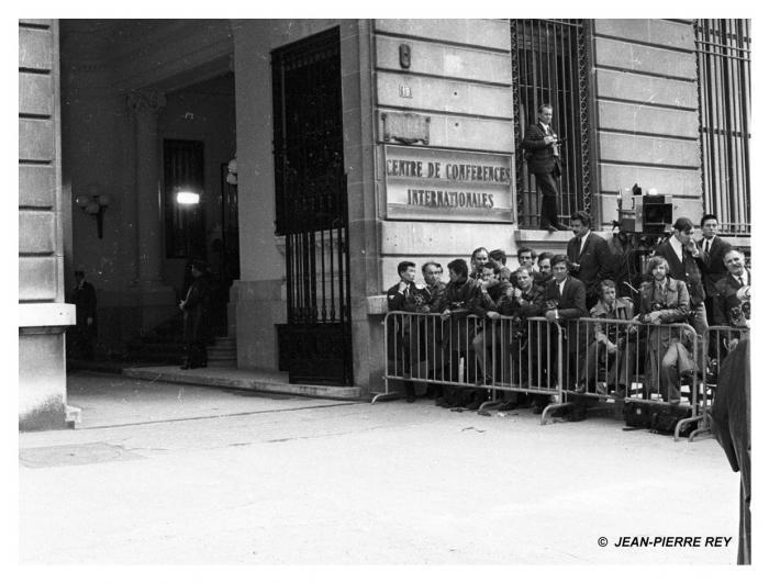 10 mai 1968 - La Presse : conférence de Paris