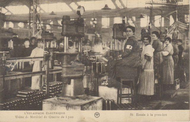 L'Éclairage électrique. Usine de matériel de guerre de Lyon : n° 25, Essais à la pression.